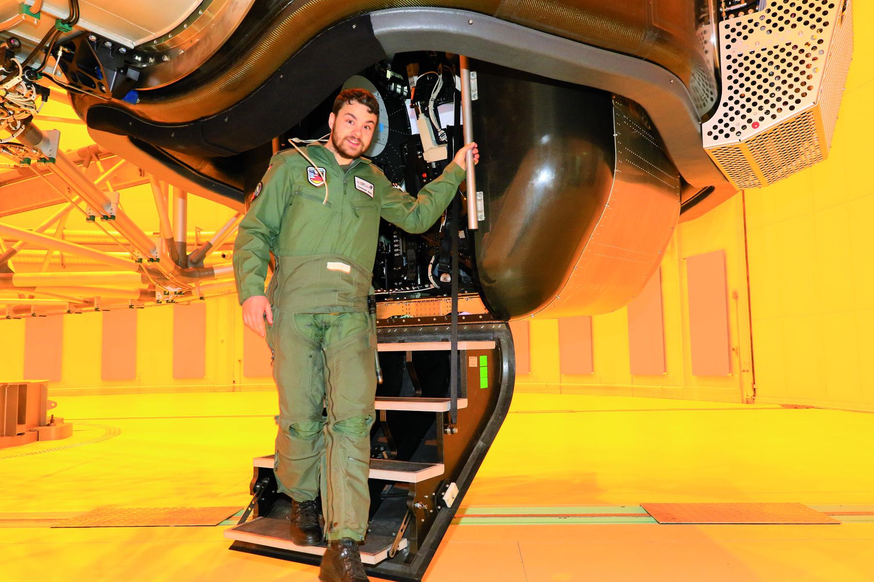 Der Belastungstest im Simulator ist für alle Jet-Piloten der Luftwaffe Pflicht. (Quelle: Luftwaffe/Ahrendt)