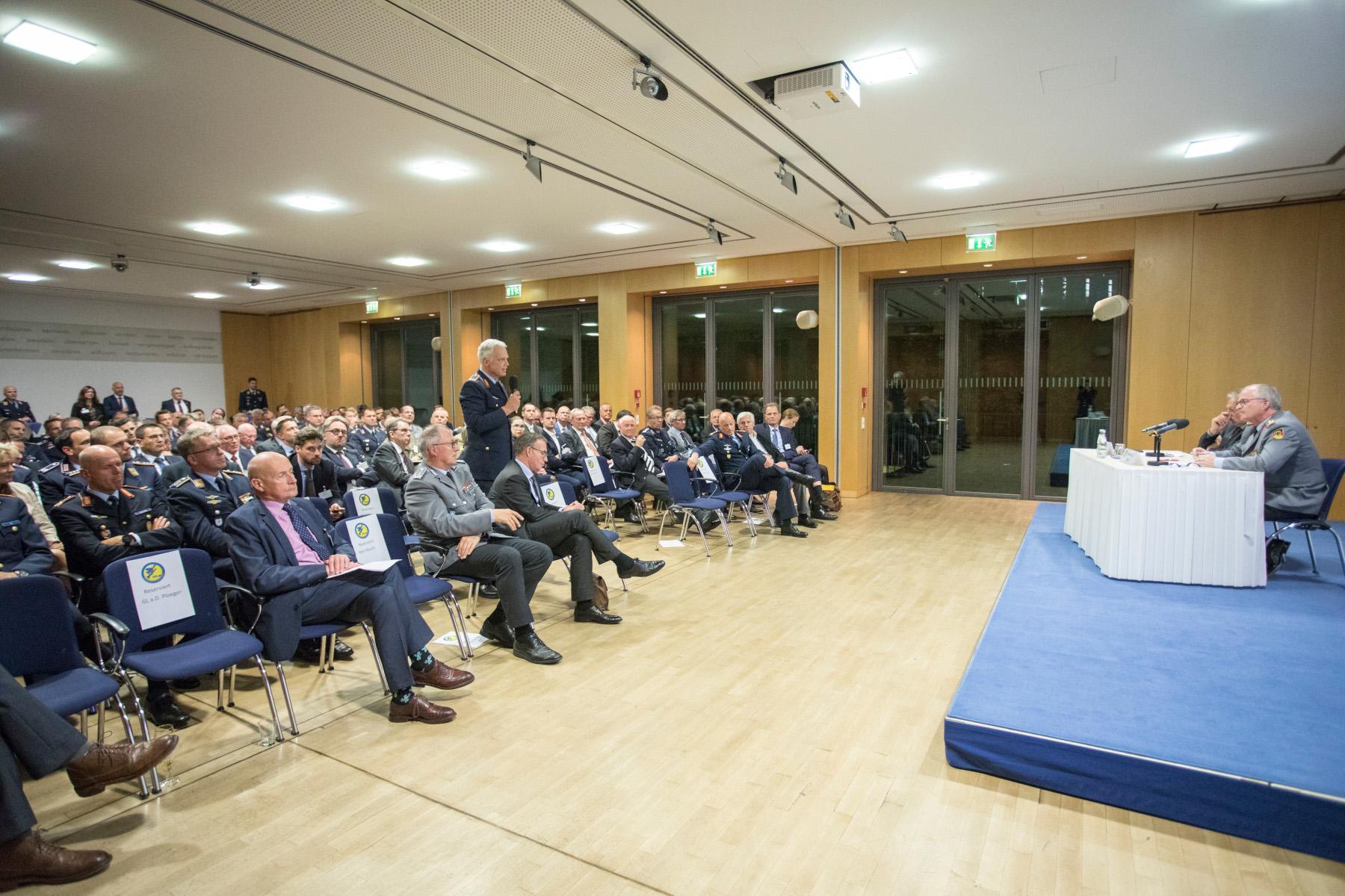 Die Rede des Generalinspekteurs der Bundeswehr sorgte für lebhafte Diskussionen.